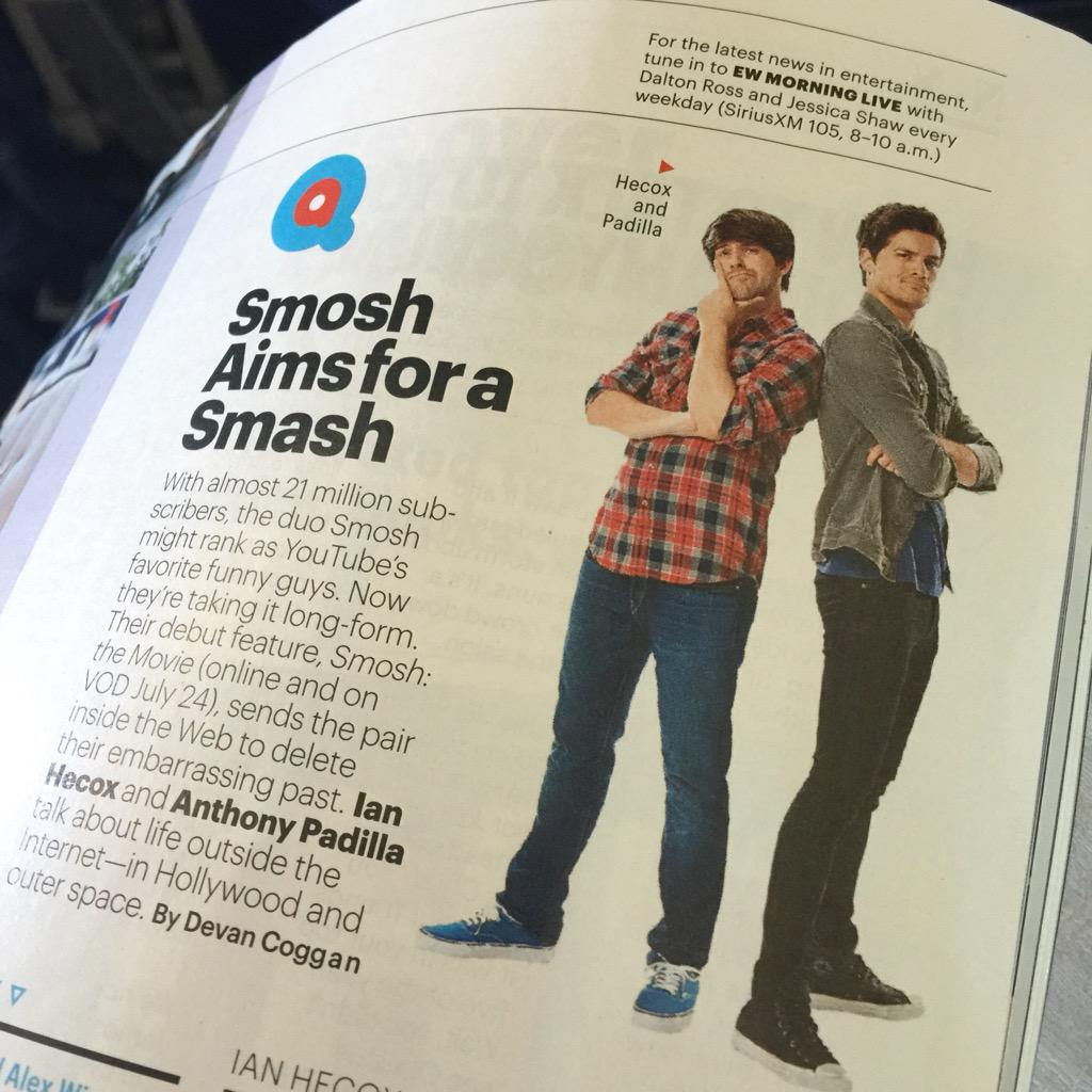Catching up with my @EW and see @SmoshIan and @smoshanthony inside! Hey I know those cool cats! #smoshthemovie http://t.co/ozR9OCR3uw
