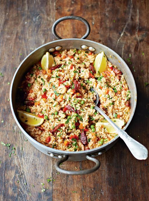 #recipeoftheday is my twist on a classic paella, with chicken & chorizo for incredible flavour http://t.co/zZcK9J6hcy http://t.co/JaCpiJeF9J