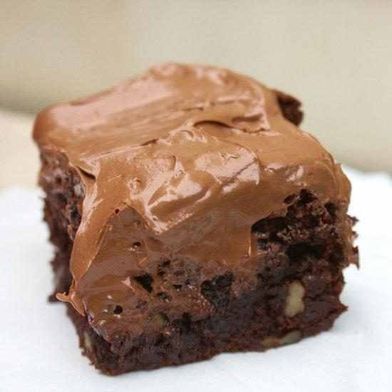 These fudgy brownies are life-changing. http://t.co/6lcuQLlnc8 http://t.co/Y8wdyrmIM0