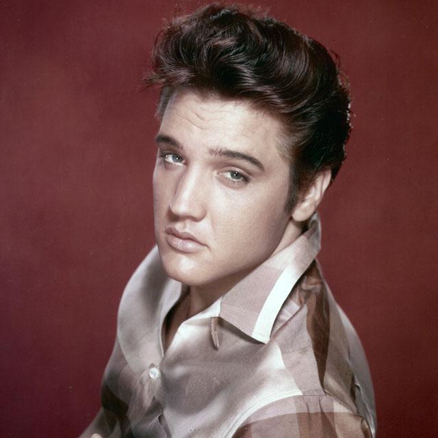 Forever Elvis. http://t.co/sUSasJqSd6