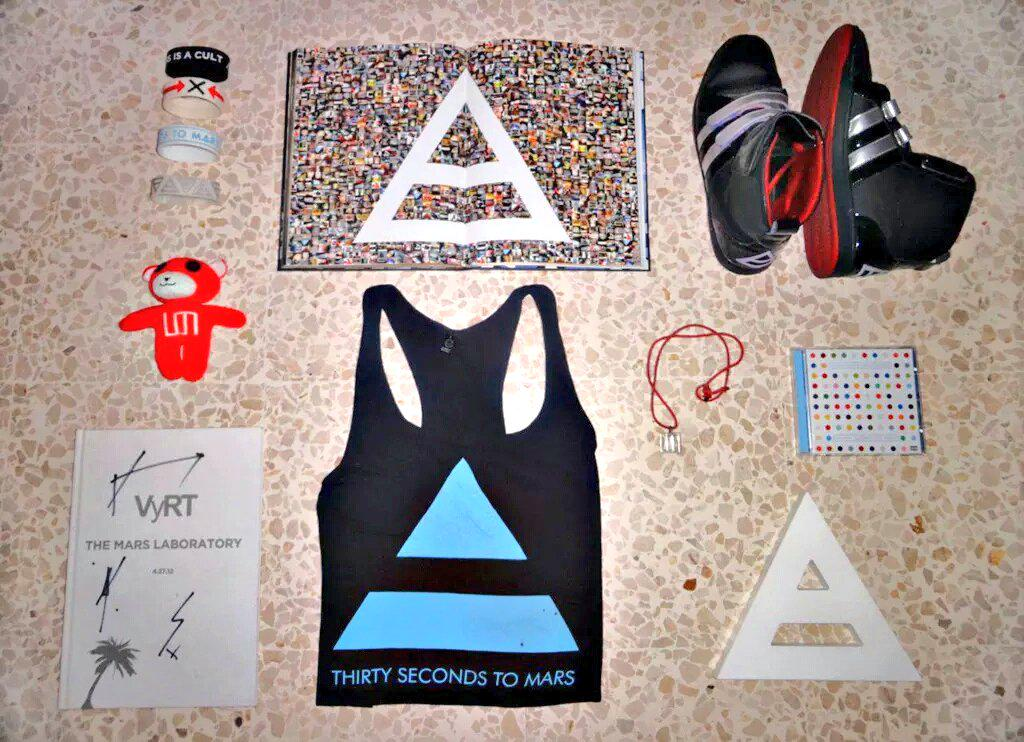 RT @krixxy1: @JaredLeto I have these. ???? They are all definitely #MarsMustHaves! ❤ #MarsMerch http://t.co/e7DK1B0HAL
