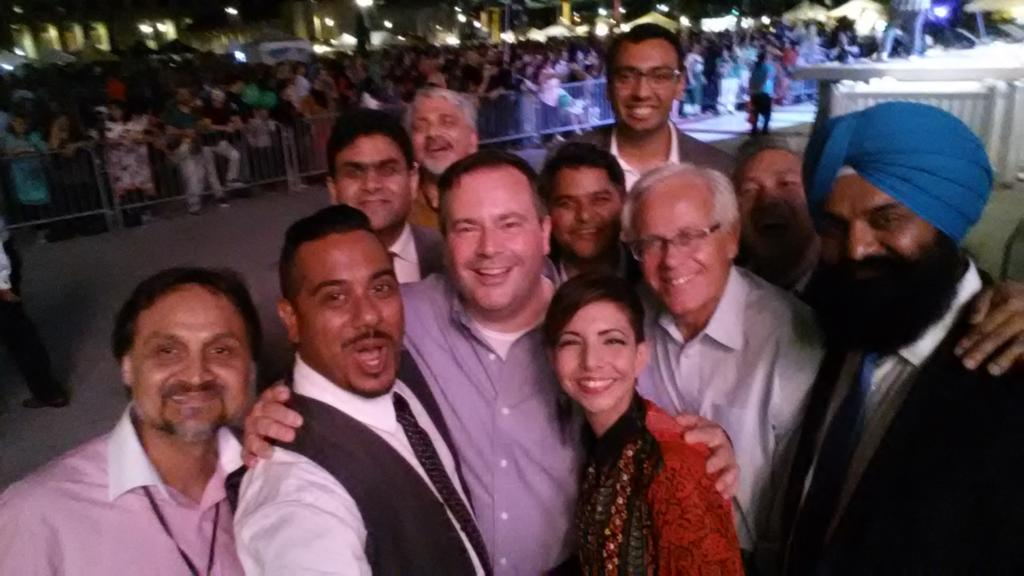 great to finally connect with @jkenney as he was here for @Mosaic_Festival http://t.co/xCV0K9r5AP