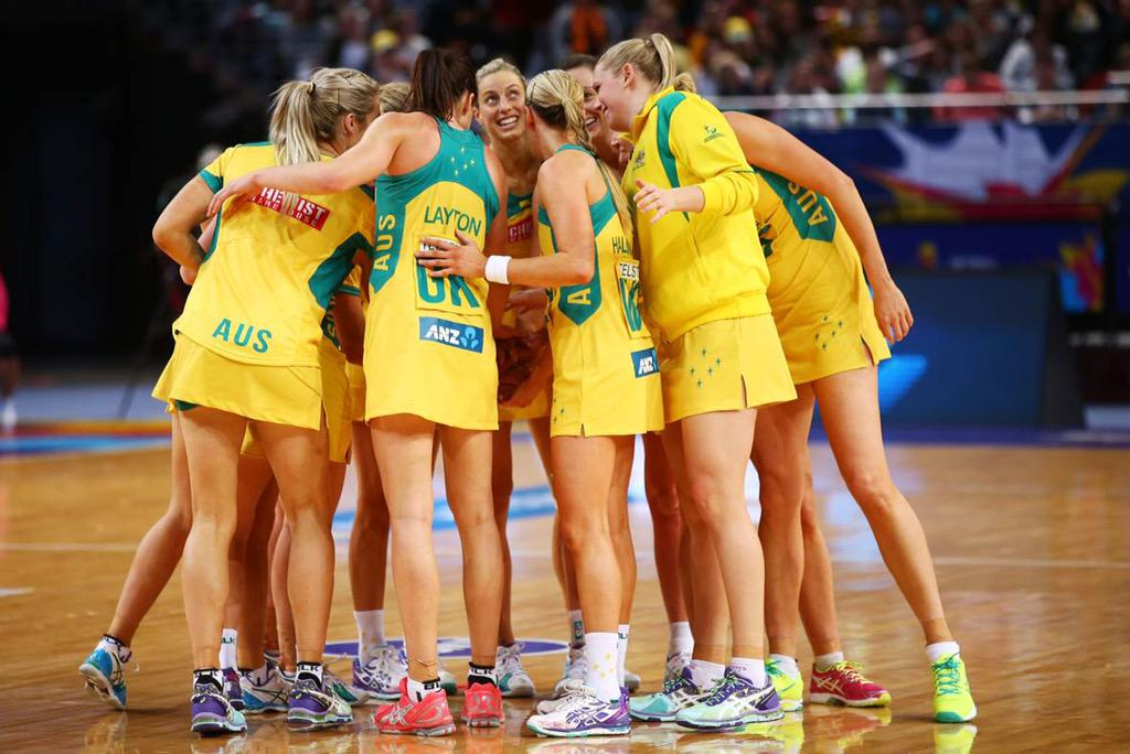 FULL TIME: WE WIN 67-56. @AussieDiamonds are into #NWC2015 FINAL! Bring on @SilverFernsNZ 2mrw! #ASICSGoDominateIt http://t.co/GrHBqvwzRA