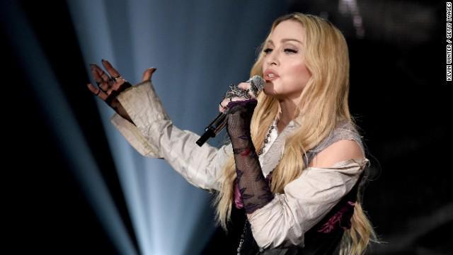 Happy Birthday              Louise Verónica Ciccone Simplemente Madonna 16.08