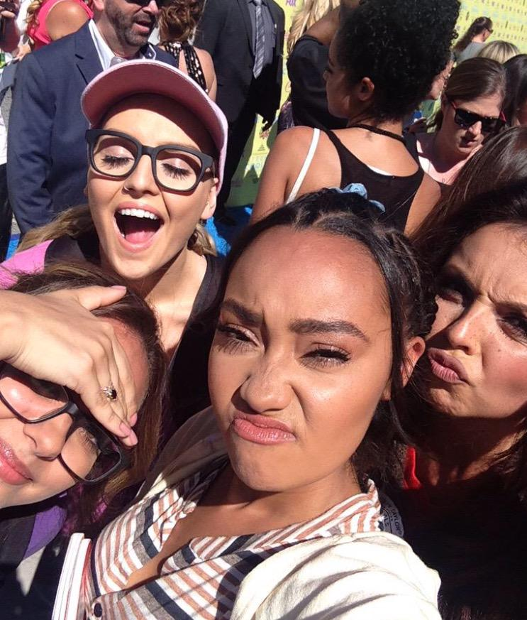 This is why I ❤️ @LittleMix flipping turned up dressed up as their characters from #BlackMagic vid #TeenChoiceAwards http://t.co/1fDMDrJ3dm