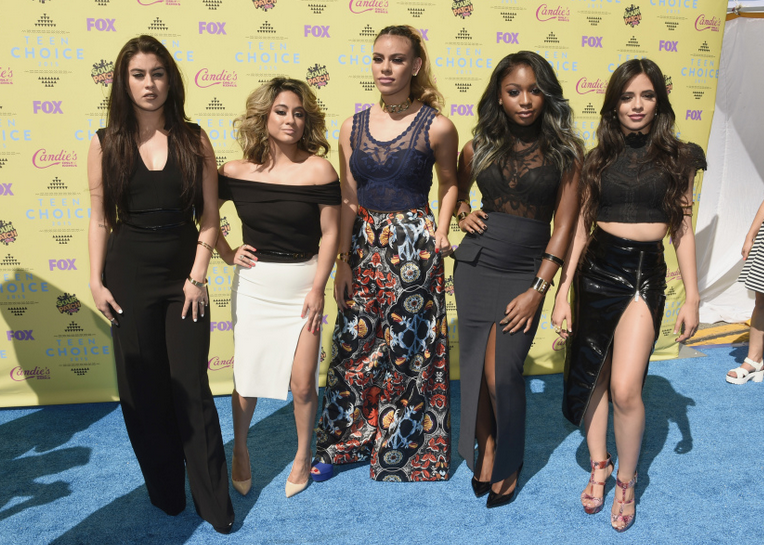 Fifth Harmony looks amazing on the #TeenChoiceAwards red carpet! http://t.co/db96x70Xys http://t.co/FnfSYBdi6W