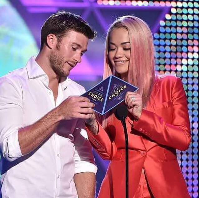 RT @billboard: Onstage with #TeenChoice co-presenter @ScottEastwood —@RitaOra ???? http://t.co/yIskAu2tG5