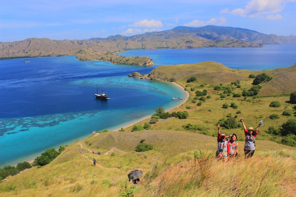 #PosbarTBI #DreamIndonesia The Need To Give Back for Indonesia @IDTravelblogs http://t.co/YdiAPF8SNM http://t.co/IxRjiZA786