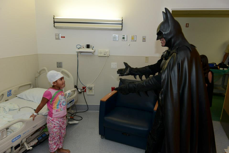 Baltimore Batman, known for dressing up to visit sick children, was struck and killed on I-70: http://t.co/VMtu80qHul http://t.co/IT7wlKeKgH