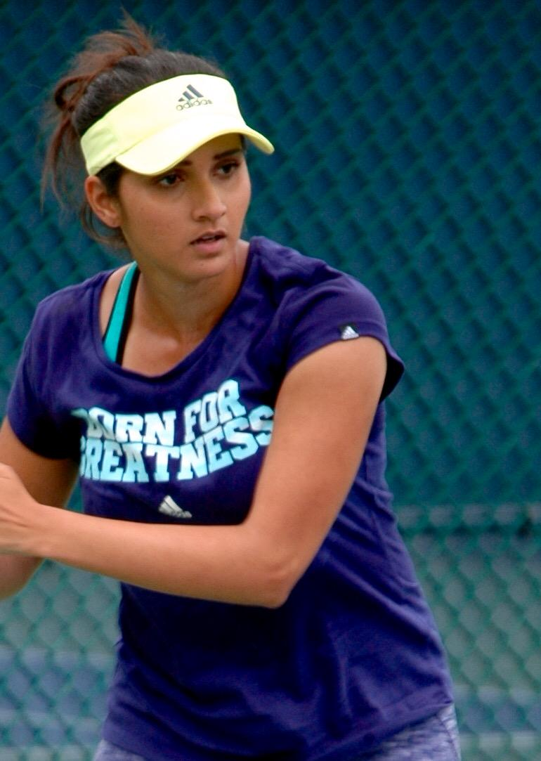 """""""Born for greatness,"""" it's @MirzaSania #CincyTennis http://t.co/Wu5vNBkXPO"""