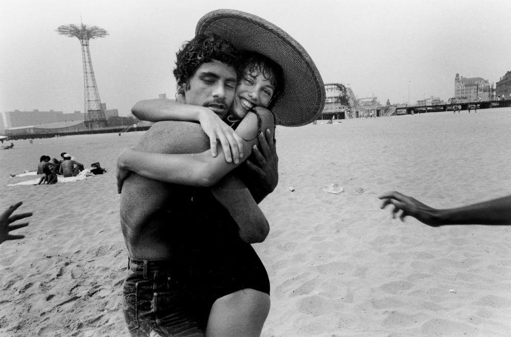 A look back at 150 years of Coney Island art, photography, & film at @brooklynmuseum http://t.co/Vnv5DwkCYD http://t.co/hrNmUT1WEj