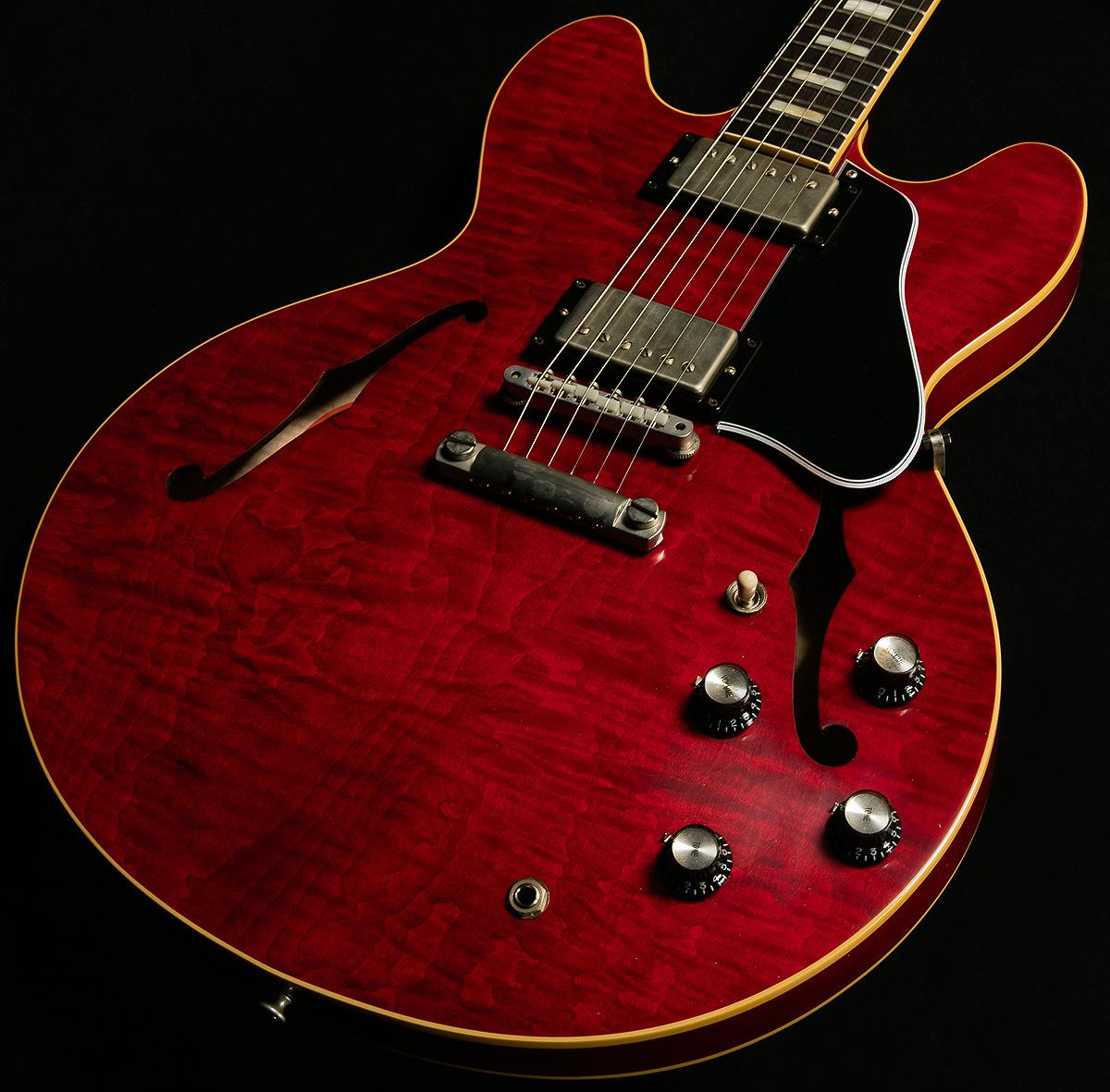 Latest addition to our Exclusive Run with @gibsonguitar Memphis. '63 ES-335 w/ wildwood spec pickups in 60's Cherry! http://t.co/G87gCXETRK