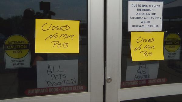Dallas' Animal Shelter is closed. Why? All 2000+ pets where adopted #cleartheshelters http://t.co/DIfxA0PLt6