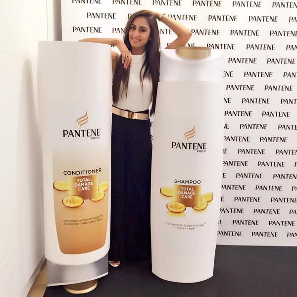 That amazing feeling when your hair is stronger from the inside, and shinier outside. #PanteneHair @krystledsouza http://t.co/UegThFmAdj