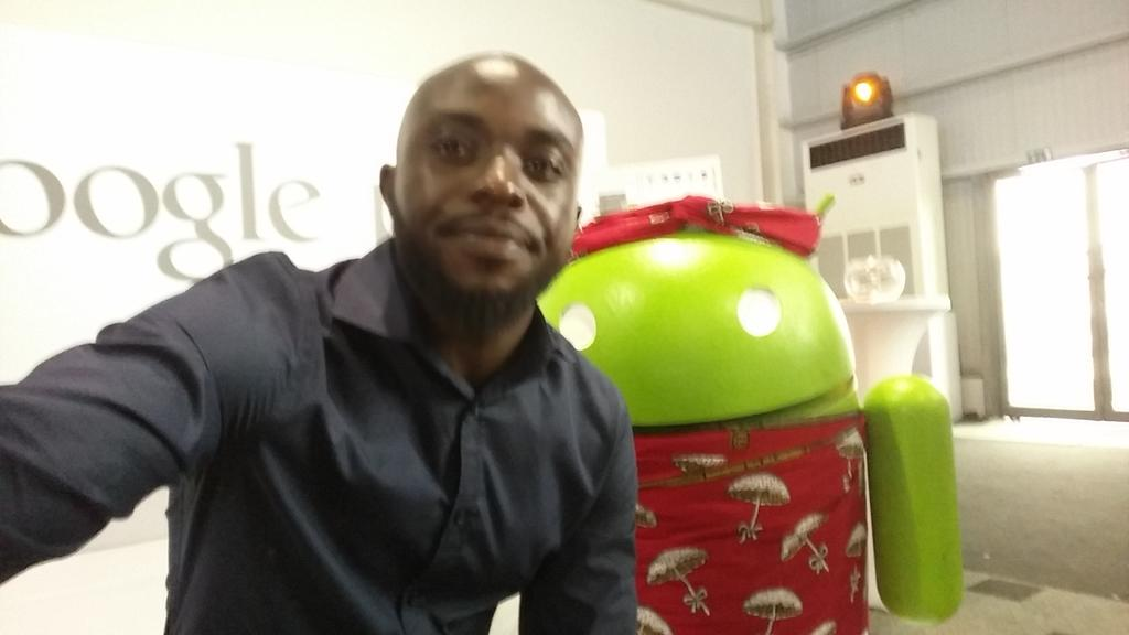 At the google play stand #androidoneng #thehottestone http://t.co/bktsUArHme