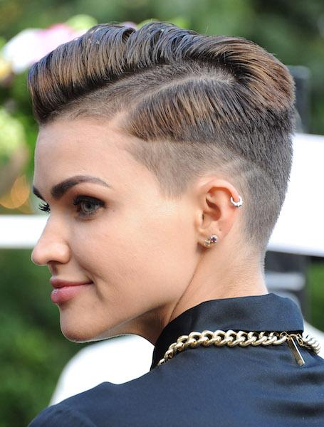 We Have Your Lesbian Haircut Style Guide Do You Have The Shag The