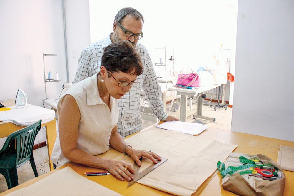 We help empower female entrepreneurs through programs like Dressed with Dreams in Venezuela. http://t.co/pNNFI0xRsB http://t.co/YPuTVsCFKk