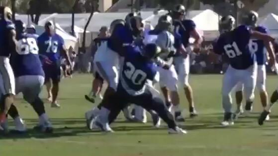 Yup. Todd Gurley (30) with the takedown... http://t.co/f44kehpwuI