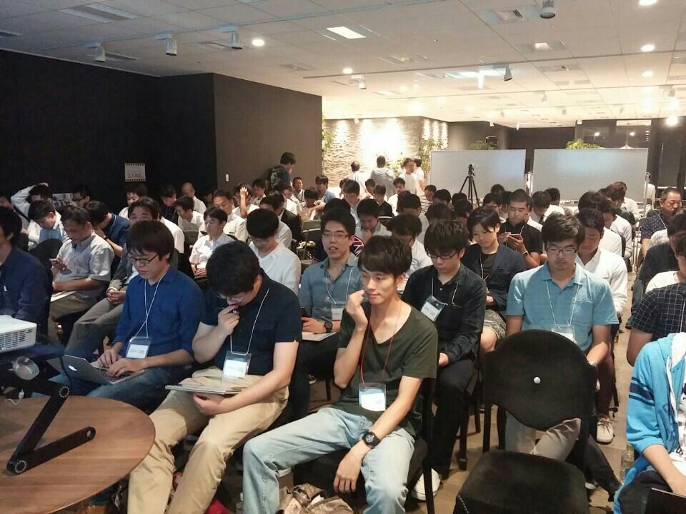 Pythonについて話してるよ。たくさん人がきててやばい #ヒカラボ (@ レバレジーズ株式会社 in Shibuya, Tokyo) https://t.co/SJCqlgdXHd http://t.co/FV3pHWkol1