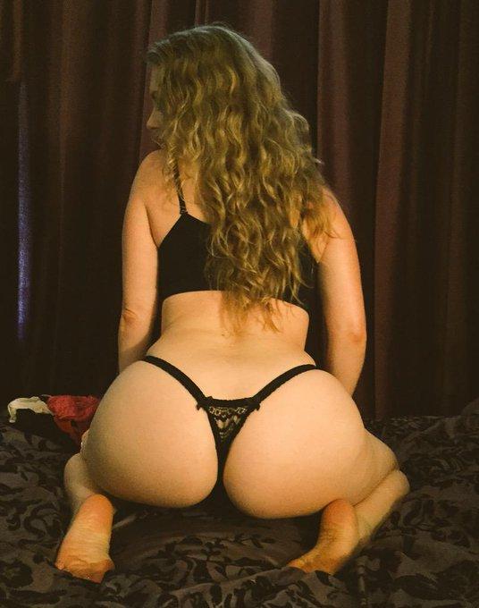 Pic taken today...by very lucky ass lover:-) #AssWorship #ButtLove #BigButts #CurvyGirls #FemDom #GoddessWorship