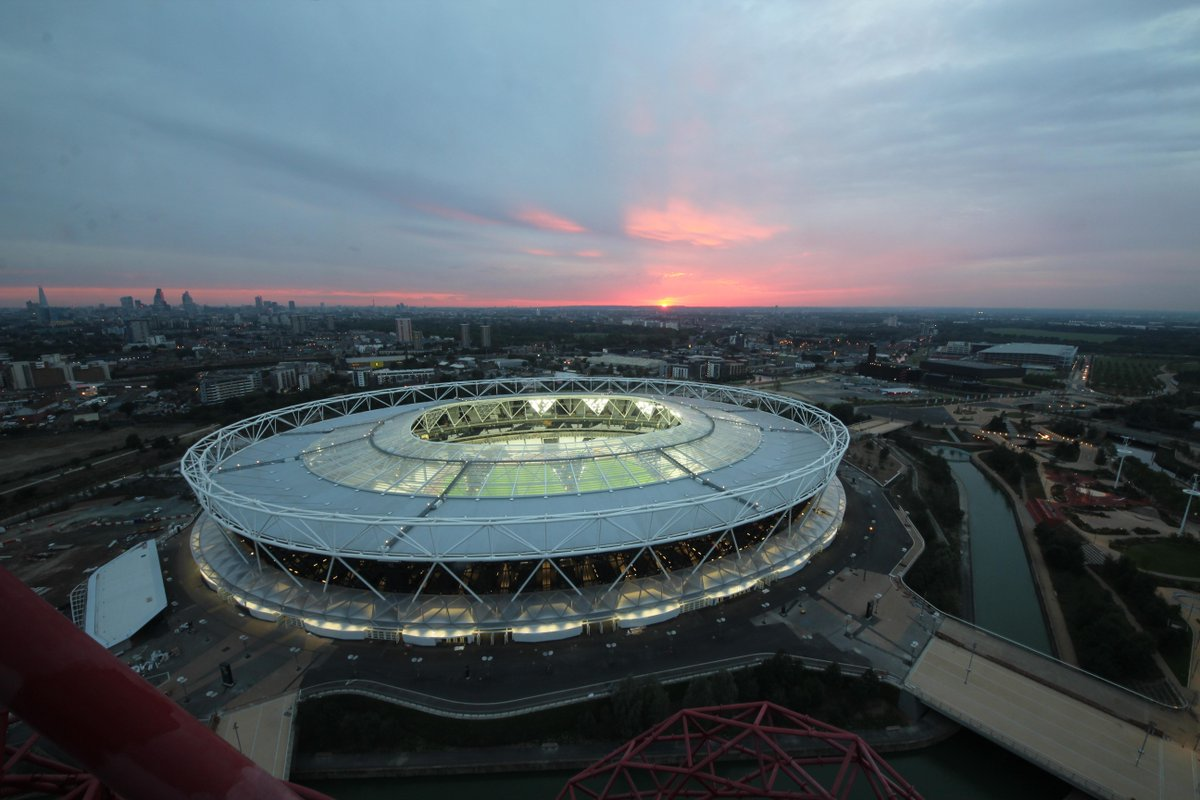 Four images of the Olympic Stadium at sunset & into yesterday night #WHUFC http://t.co/W8BYoUwPZ6