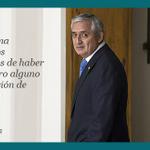 Pérez Molina renunció al puesto para hacer frente a las acusaciones de corrupción http://t.co/p0RezRwr35 #Guatemala http://t.co/EA4DH3N5rM