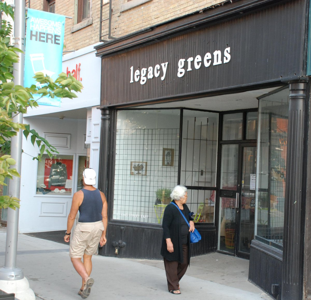 Legacy Greens now open King at Queen @DTKitchener http://t.co/NHKxGauZfx #greengrocer #vegetables #local http://t.co/jBq3rfSvwl