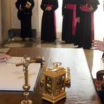 Israels @PresidentRuvi Rivlin with @Pontifex at the Vatican. Meeting lasted for ca 1 hour @news_va_en @vatican_va_en http://t.co/tZ9do1avn1