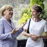 Merkel und Sommaruga: Erstaunliche Gemeinsamkeiten http://t.co/DHrWEOFsKq @NZZ @ChristofForster #MerkelinBern http://t.co/smveiEEnIN
