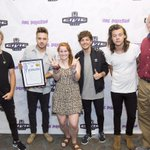 #TBT What a fun evening as my daughter, Kate, and I welcomed @onedirection to Milwaukee. http://t.co/Xs8UFKUAH7