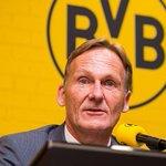 ¿Qué te parece la propuesta del Dortmund? Prohibir los fichajes tras el inicio de la temporada http://t.co/phwarENVuj http://t.co/FLXzZNj6eC