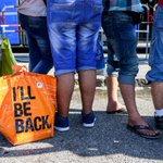 Mein Lieblingsbild vom Hauptbahnhof in #München kommt bislang von @dpa. #Flüchtlinge http://t.co/xwTyYSaaQI