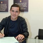 BREAKING: Midfield starlet @JoshCullen8 has signed a new long-term contract with #WHUFC http://t.co/plHwdHlI2G http://t.co/wpDBgmv1TS