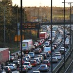 Greater Manchester commuters spend equivalent of SIX working days a year stuck in traffic http://t.co/NIm0ivy6vn http://t.co/lkXvldJTqC