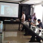 Presenta @MiguelVillazonb a Mision Coreana-@el_BID @Findeter los avances @Valledupar Planificacion p Smart City http://t.co/ur8TA0Y8Yd