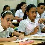 Nuevos desafíos para los educandos #Camaguey #Cuba en este 1ero de septiembre #CubaALasAulas @aliciarca @manolitoweb http://t.co/VzJW91zCOh
