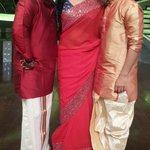 RT @PriyaManiWeb: #GumOnD2 #Offscreen #AwesomeThree @praseesujit @priyamani6 @99Neerav