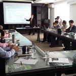 Delegación Coreana, Findeter y el BID hablan de competitividad en Valledupar @El_Pilon @HerlencyG @alcaldiavpar http://t.co/6li7EkAara