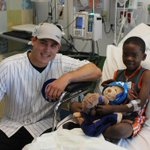 #Cubs Rizzo and kids atLurie's http://t.co/suUFdwBIFr http://t.co/8FQjqS4njC