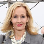 J.K. Rowling confirms that Harry Potters son has been sorted into Gryffindor: http://t.co/Cpx9Dt9U5Q http://t.co/7o8eiKL2KZ