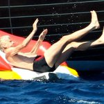 Just 1 hour before the transfer window closes. This man still aint interested! #DeadIineDay http://t.co/5msGNQVBw7