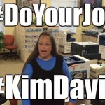 #DoYourJob Trends After Kentucky Clerk Refuses Same-Sex Marriage Licenses http://t.co/3oHQxLodXD http://t.co/N7hhVpJdZc