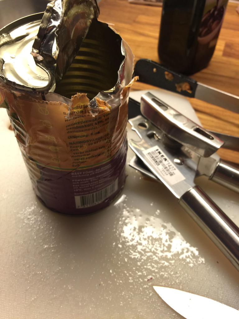 This one time... I opened a can with an IKEA can opener... Today was not that day. #sticktofurniture http://t.co/5Uw1d3Dx2j