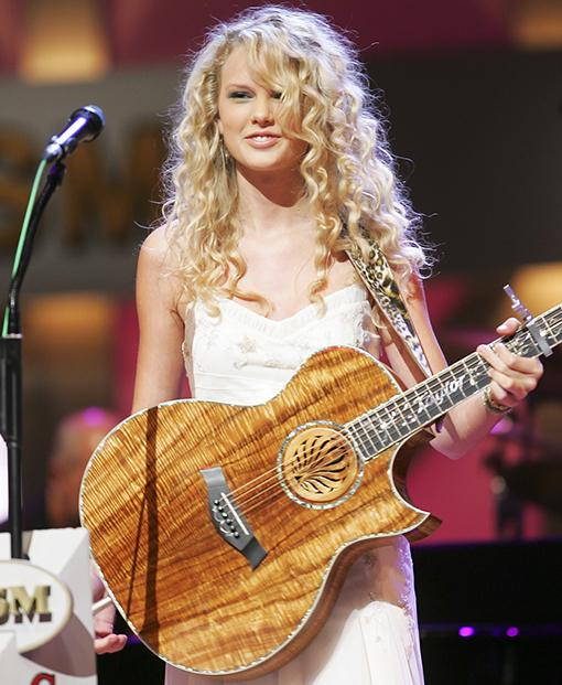 Did you know today in 2006 was when @taylorswift13 made her debut at the @opry? Now look where she is #killingthegame http://t.co/jbHhByTaui