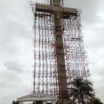 New cross symbolic for #Pakistans Christians http://t.co/UvfXjzmiJw @Rev_Rana @FaithMattersUK @Jew_Pakistani http://t.co/wWprcSqK86