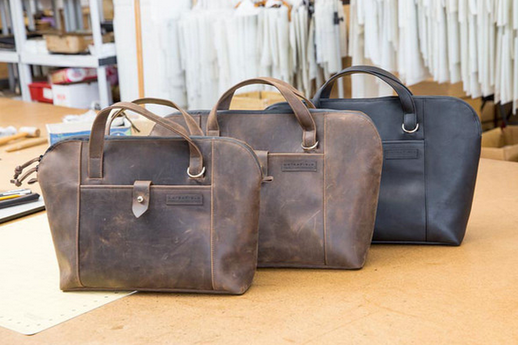 Gorgeous, leather Cozmo 2.0 laptop briefcase. pr: http://t.co/4zzIRd5hf8 buy: http://t.co/8XLOXw2CwA @CharlesEManning http://t.co/HDAN5y5r0T