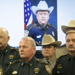 A Fox Lake cop was killed today, another slaying against backdrop of cop killings nationwide http://t.co/cdyactJ7B7 http://t.co/0W5nRZw4MN