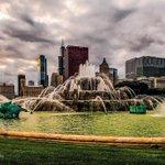 Buckingham!!! @Choosechicago @ChooseChicagoMx @enjoyillinois #Chicago #mychicagopix #EnjoyIllinois #chicagoepic http://t.co/0fnF1uxb2Z