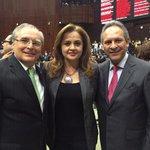 Con mis compañeros @RomoMedina_ y @Gerardo_Sanchz_ en @Mx_Diputados http://t.co/fkoHreQCmg