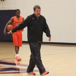 UTEP basketball: Miners offer 2016 guard Tim Cameron http://t.co/KPwq94jGx4 http://t.co/UnobclUlAw